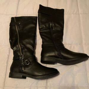 New - Rampage Black Boots